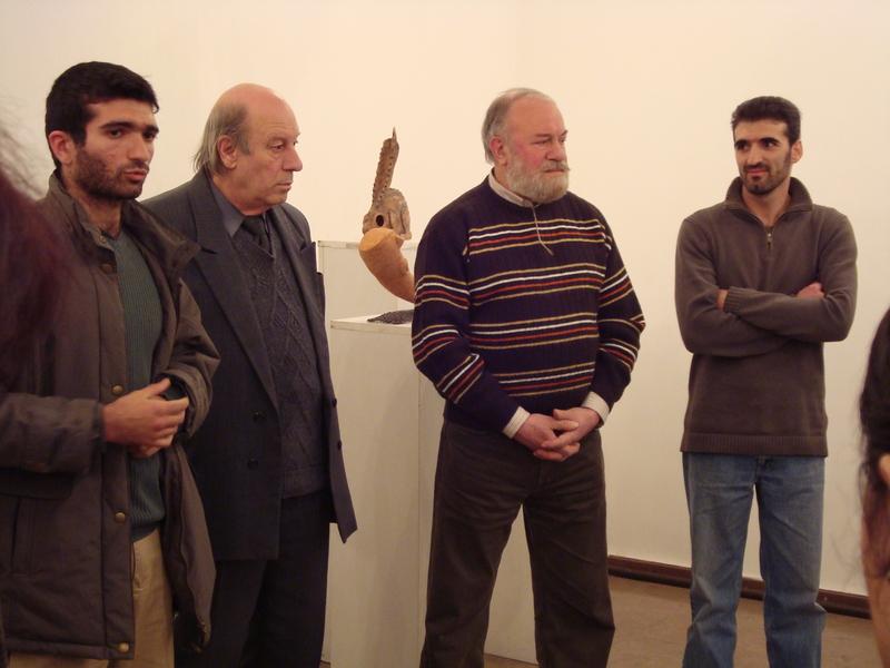 Էդգար Գրիգորյան անհատականցուցահանդեսին։ Ձախից՝ Ա․Մինասյան, Վ․ Ղազարյան, Գ․ Ղազարյան, Է․ Գրիգորյան։