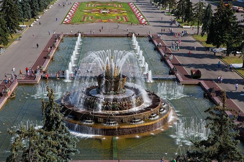 """Картинки по запросу Фонтан """"Каменный цветок"""" на ВДНХ"""
