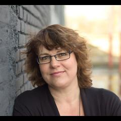 Voice over: Marjolein van der Kemp