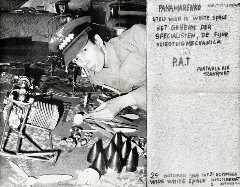 Aankondiging voor Portable Air Transport van Panamarenko in WWSG, 1969. ©M HKA
