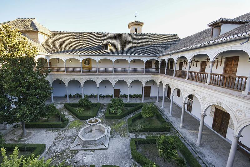 Resultado de imagen de monasterio de santa isabel la real
